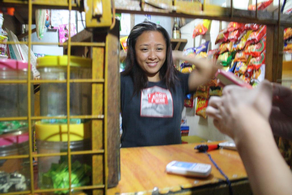 フィリピンのサリサリストア
