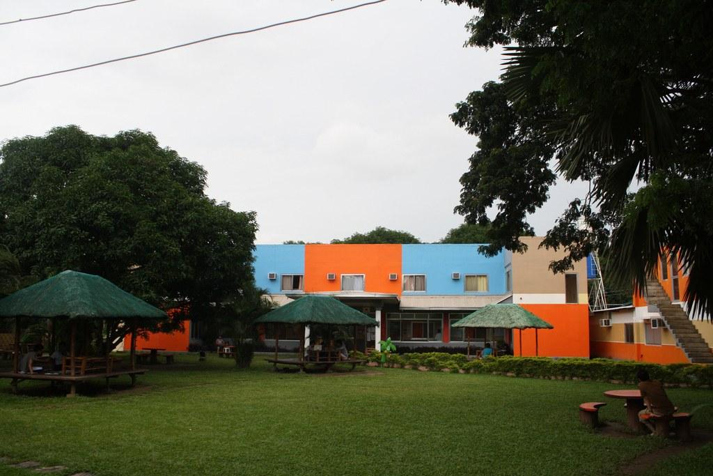 フィリピンで評判のターラックのCNE1